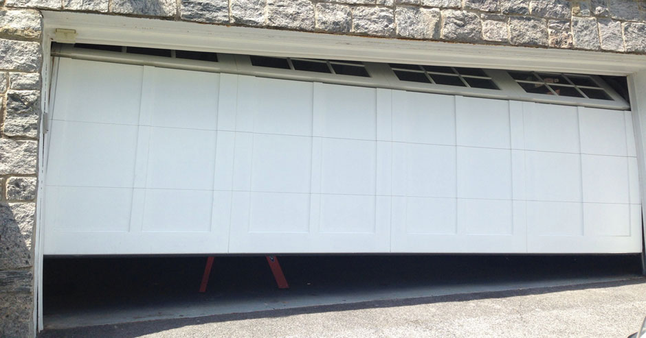 Fix Garage Doors Near Tacoma