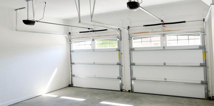 Garage door contractor Washington (Credit: http://www.piercegaragedoors.com/)